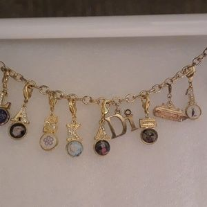 "Vintage ""Di Diamonds International"" Charm Bracelet"